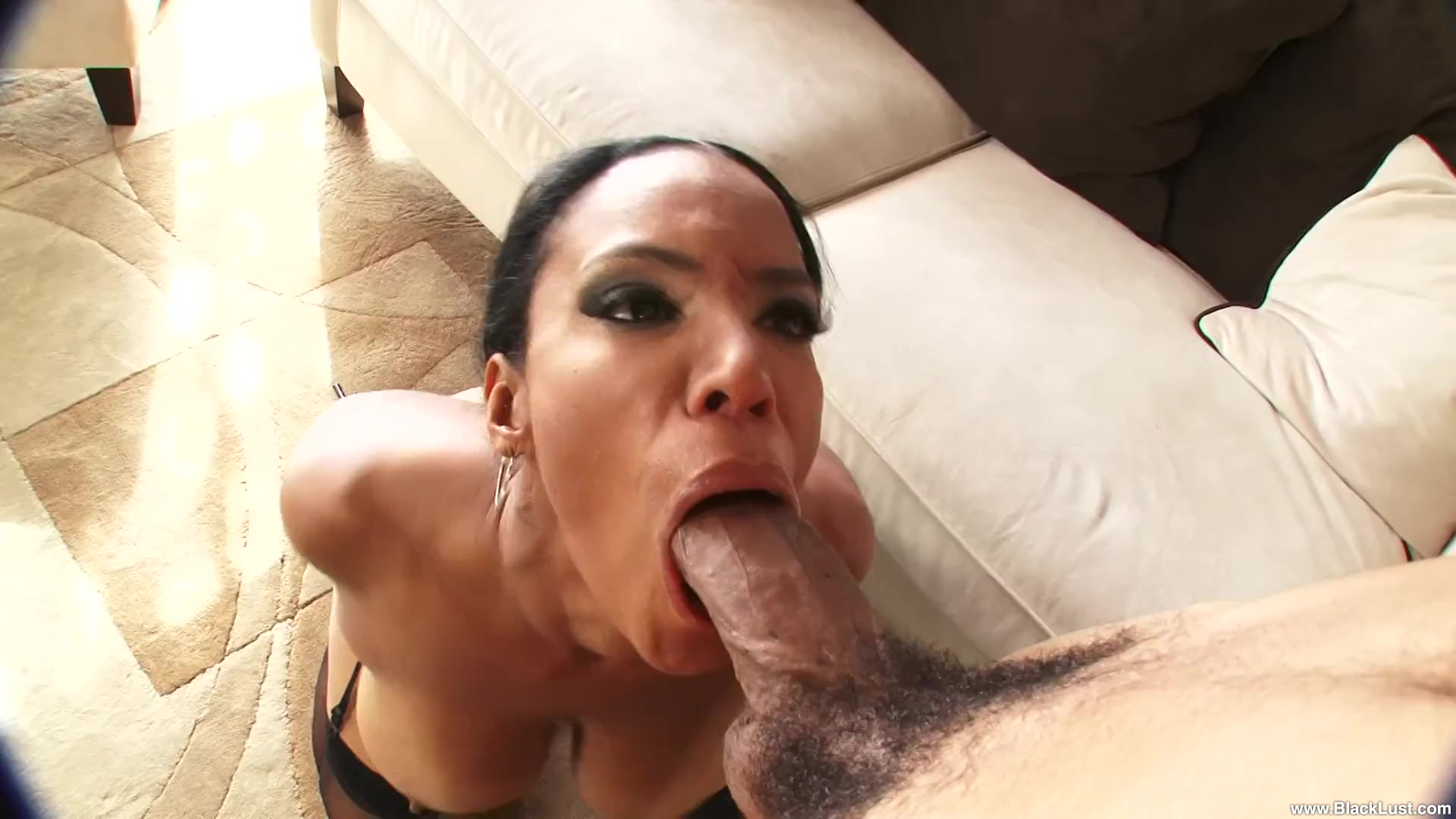 big boobs mature play with brutal dildo