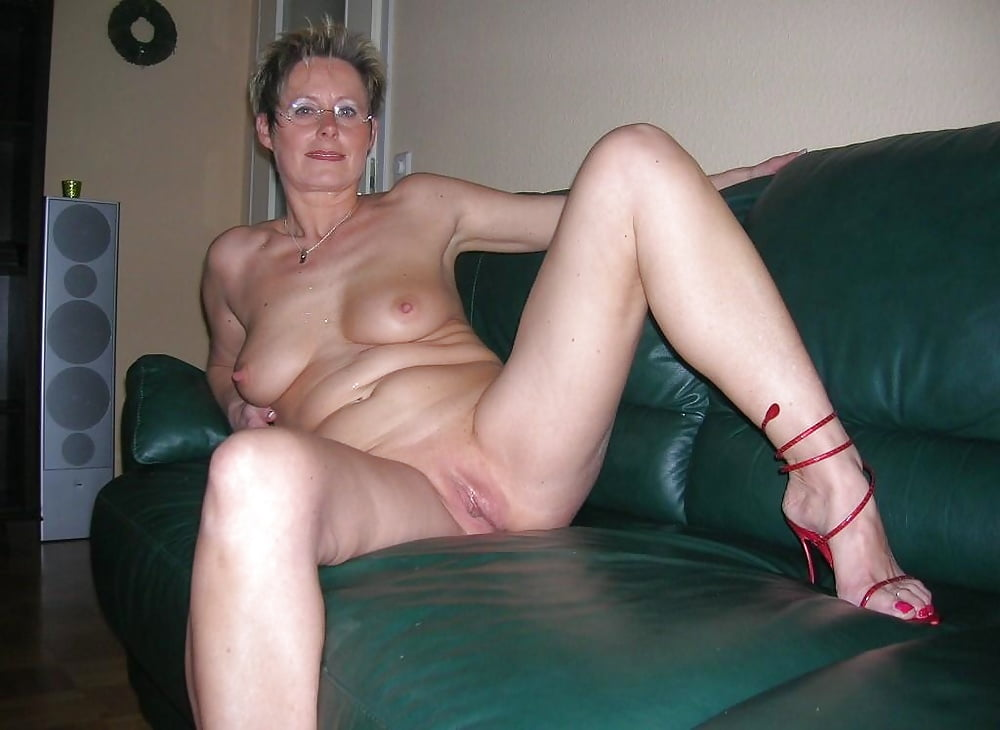 artistic young models nude